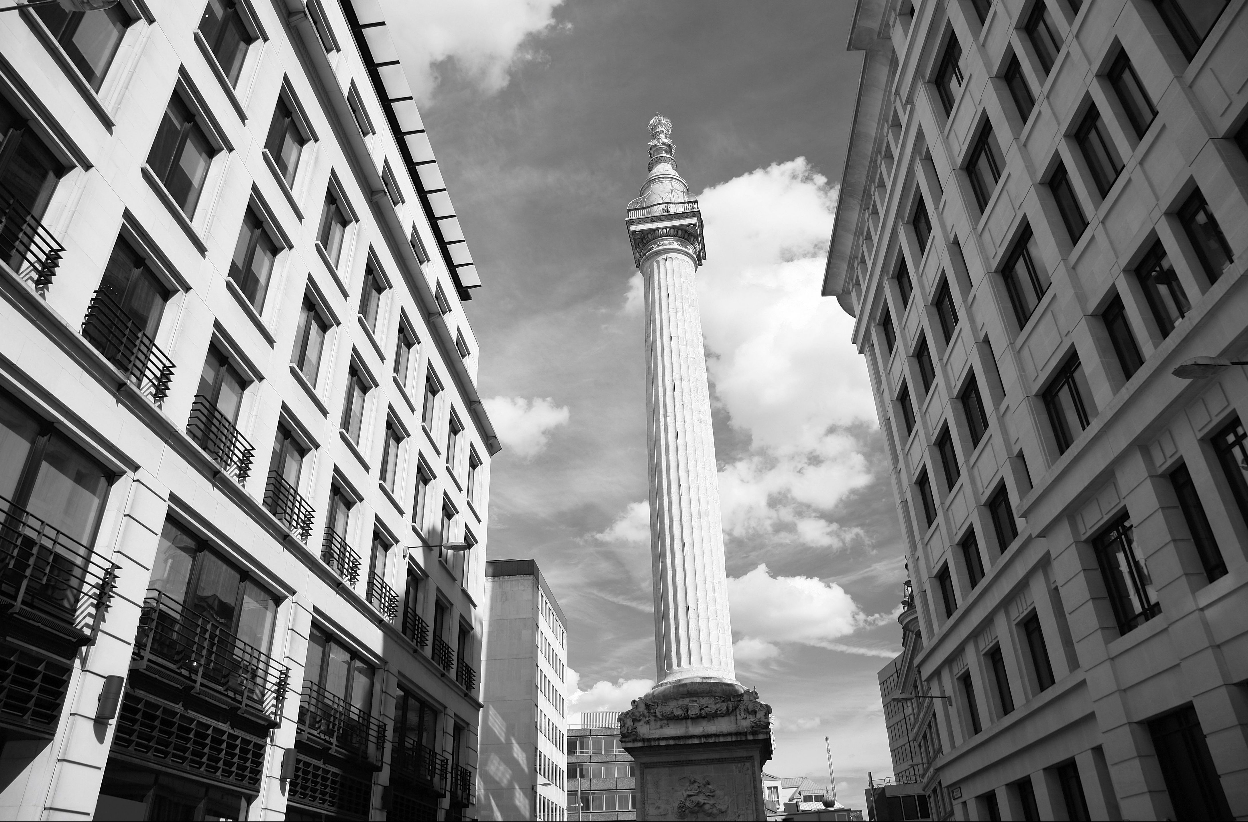 The Monument to commemorate the Great Fire of London in 1666